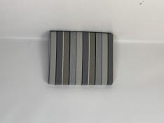 Zitkussen strak, sunbrella stripe quadri grey 58x46x6 G3067 (onderkant voorzien van gaas)